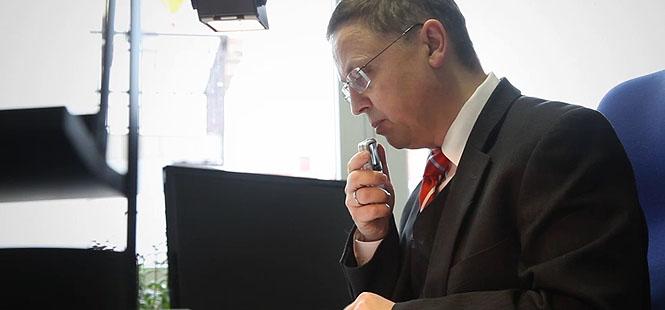 Rechtsanwalt J�rgen M�thrath